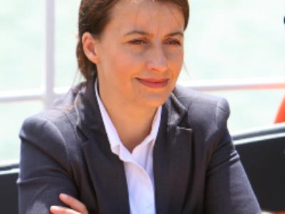 Égalité des territoires: remise d'un premier rapport à Cécile Duflot