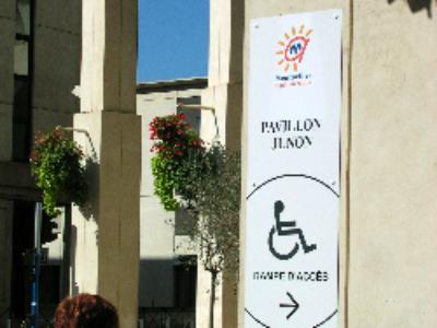 Un projet de loi pour garantir l'accessibilité en 2015