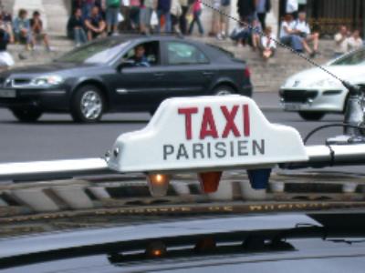 Taxis et voitures avec chauffeur: le texte définitivement adopté