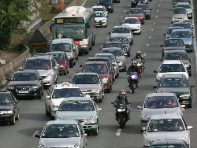Qualité de l'air: Ségolène Royal assouplit les modalité de déclenchement de la circulation alternée