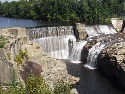 Installations hydroélectriques: une ordonnance ajuste le régime des concessions