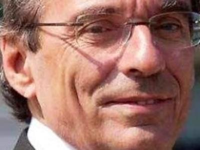 """""""Les collectivités territoriales doivent assumer une mission essentielle dans une période historique de tous les dangers"""""""