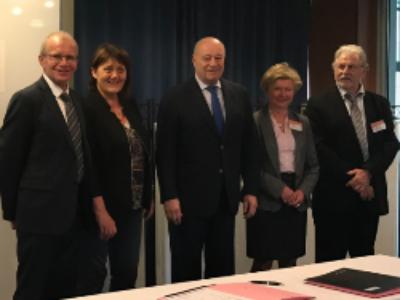 Familles Rurales signe un partenariat avec le ministre de l'Aménagement du Territoire