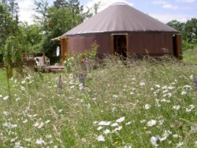 Le régime juridique applicable aux yourtes, cabanes, tipis constituant un habitat permanent