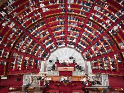 Les nouveaux députés à l'Assemblée nationale le 27 juin