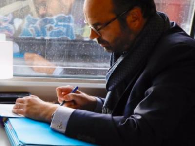 Édouard Philippe écrit aux maires de France