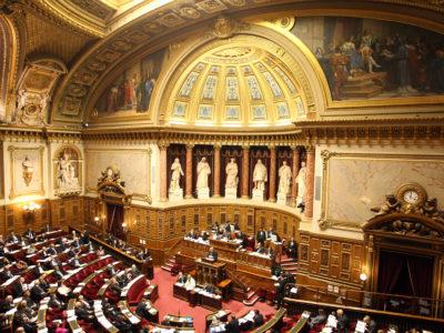 Le Sénat a adopté le projet de loi pour un État au service d'une société de confiance