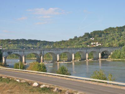 Sécurité des ponts: les élus locaux pointent le déficit d'expertise