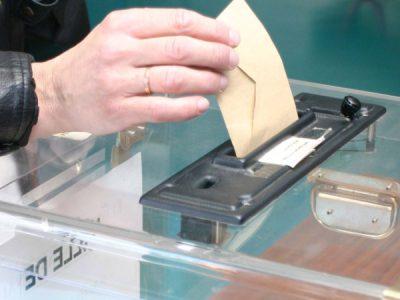 La Mayenne propose de voter dehors!